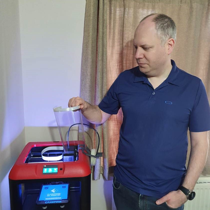 Keith Medhurst, Head of Tech Support at Drilling Systems, using his 3D printer to manufacture PPE for Southampton Hospital
